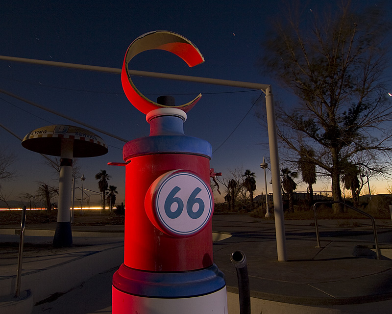 Eon 66  :::::  The kiddy-pool area, with its surreal Route 66/gas pump-themed water sprayers.
