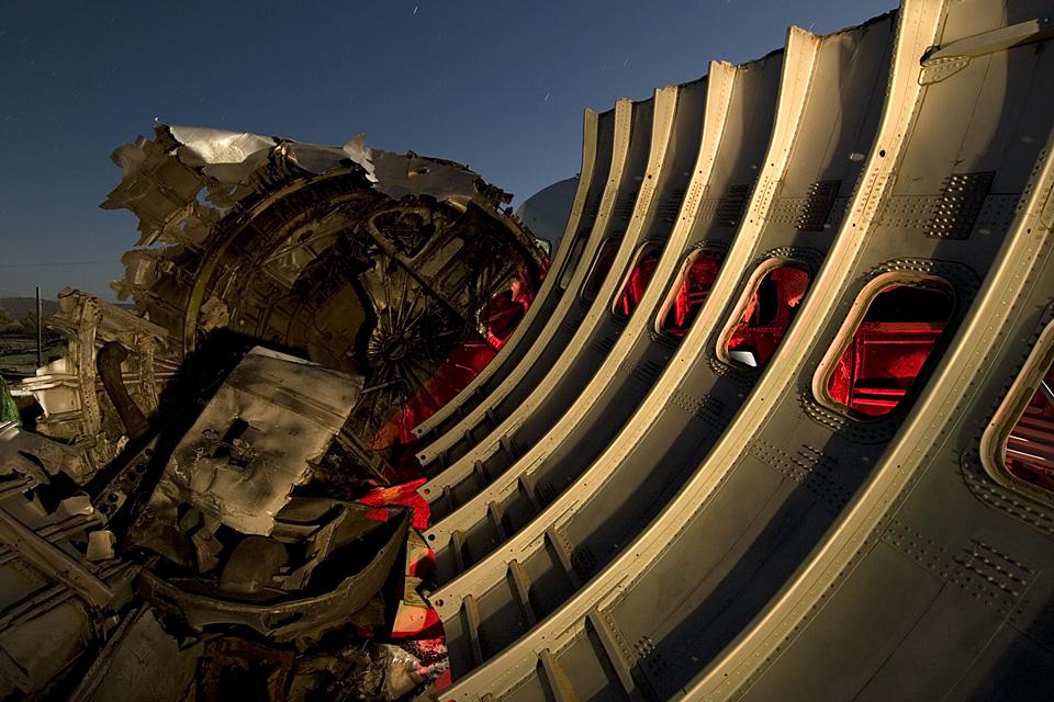 Crash Simulation  :::::  2006  :::::  Shattered airliner remains.