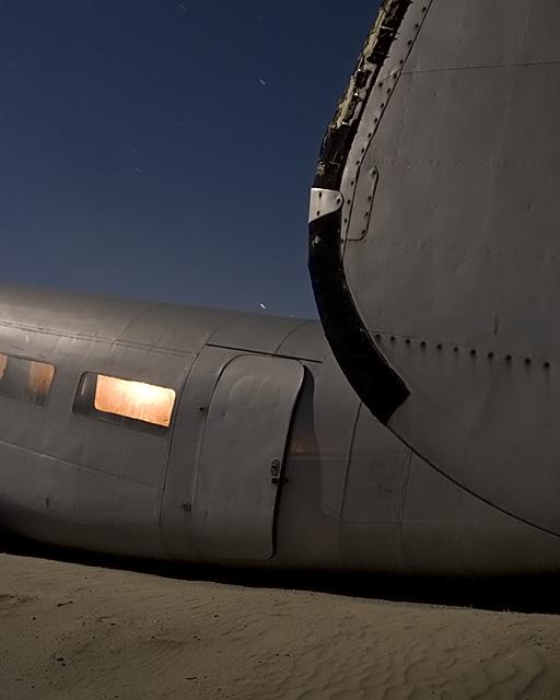 Sahara  :::::  2006  :::::  1940s-vintage Lockheed Harpoon.