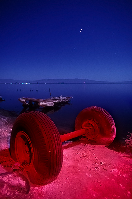 Axel :::::  1992  :::::  Salton Sea Beach.