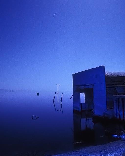 Inundated Garage :::::  1992  :::::  Salton Sea Beach. This site no longer exists.