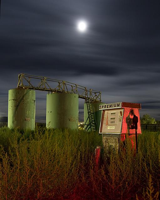 The Premium Tanks  :::::  2009  :::::  Ely, Nevada.