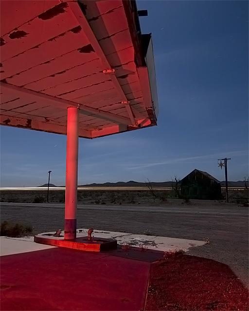 66 76  :::::  2008  :::::  Ludlow, California.