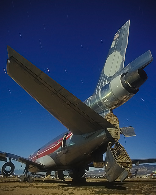 Hawaiian  :::::  2003  :::::  Parted out Hawaiian Airlines DC-10.