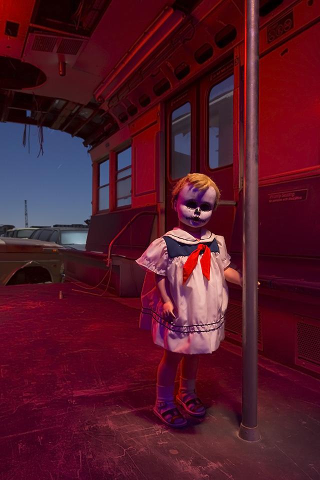 She Rides the Rails  :::::