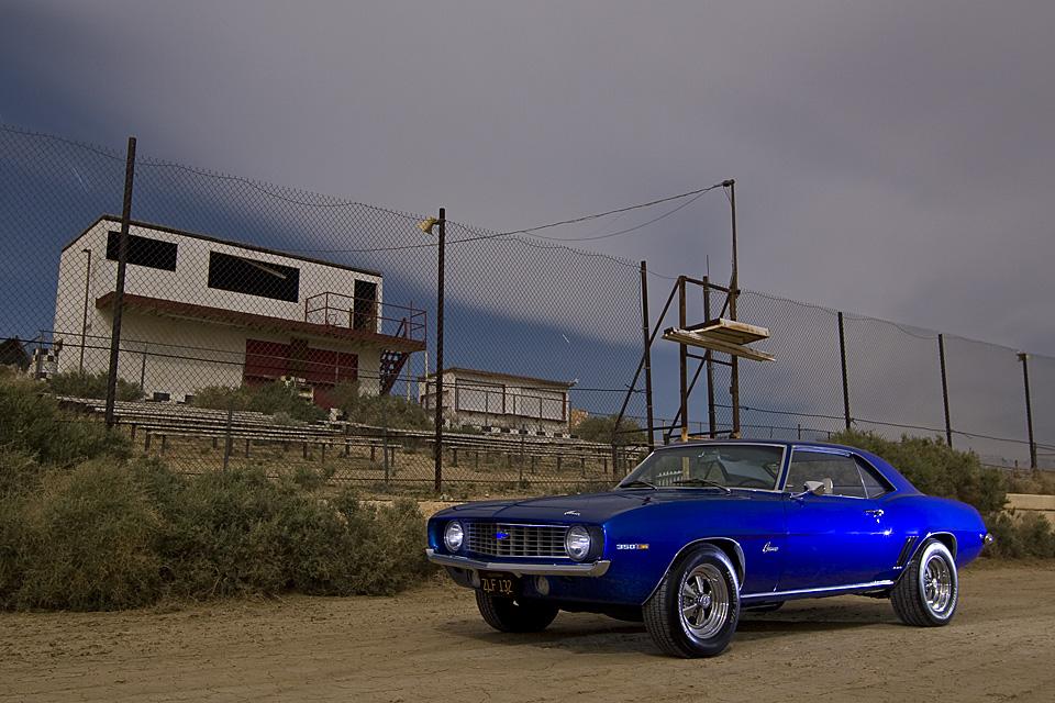Taking the Flag  :::::  1969 Chevy Camaro