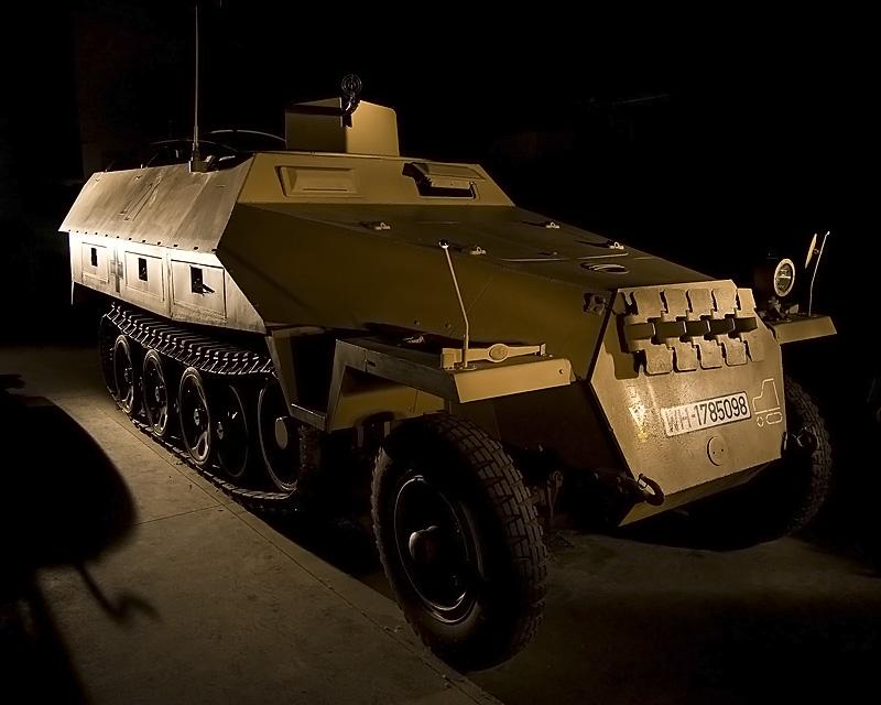 SdKfz 251/1 Ausf D (Germany)  :::::