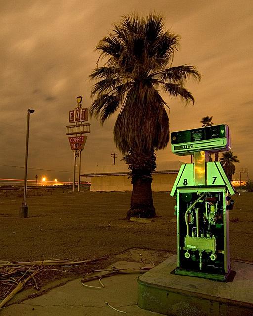 Eat E.T.  :::::  2007  :::::  Yermo, California.