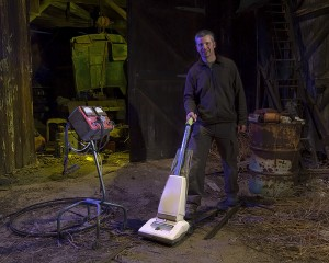 Dave Lewis Straightens Up  :::::  The Workshop  :::::  Paul's Junkyard