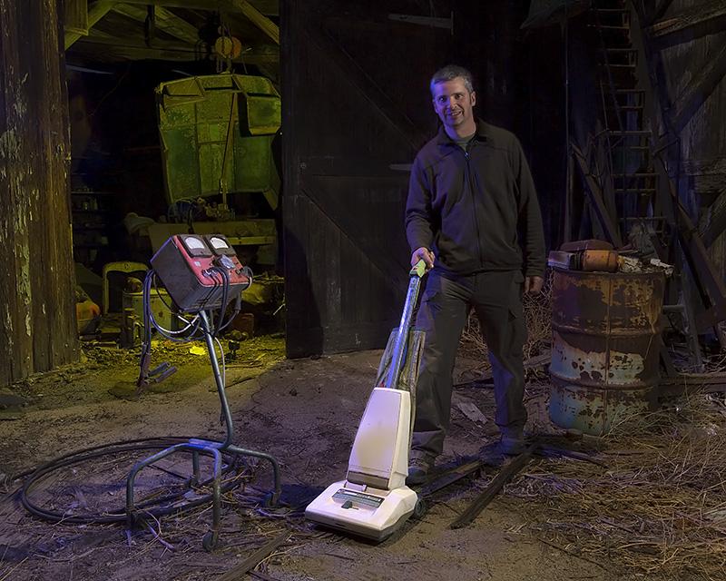 Dave Lewis Straightens Up  :::::  The Workshop  :::::  Paul's Junkyard
