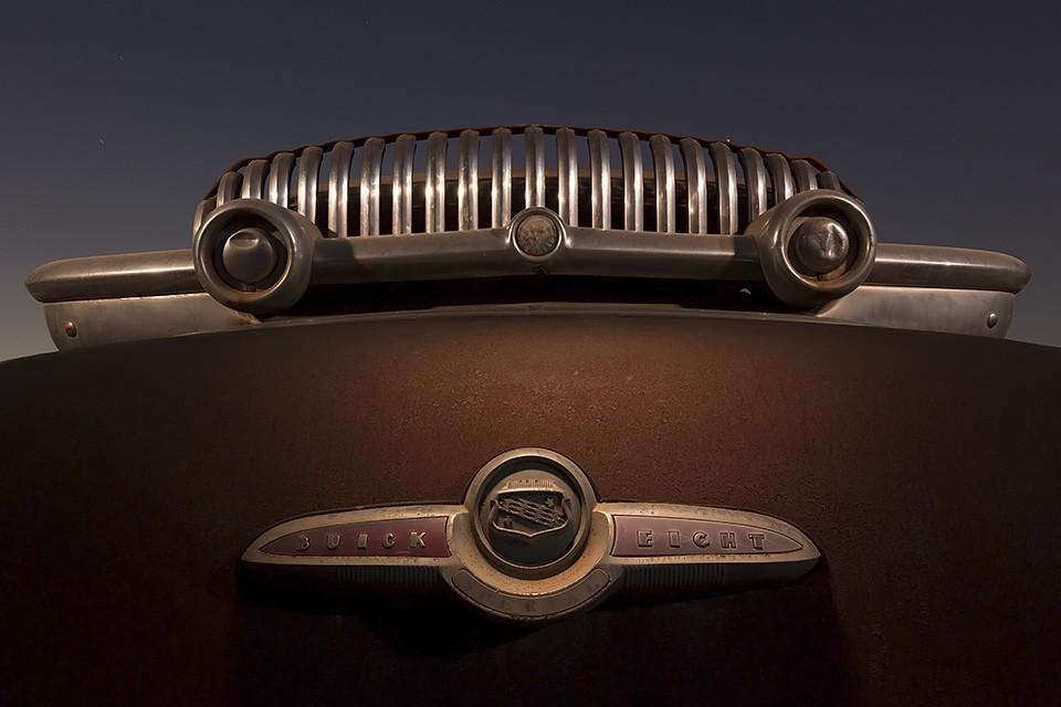 Earl's Unibrow  :::::  1953 Buick Eight