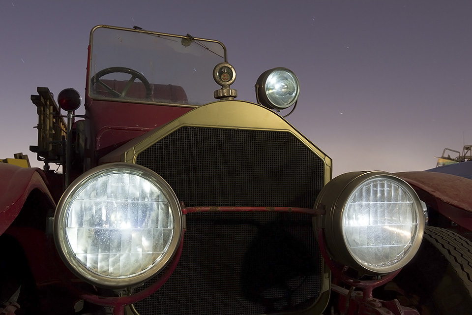 Sans Dalmatian  :::::  1920 American La France Fire Truck