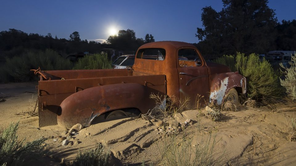 Stepside Moonrise  :::::  1950s Studebaker Pick Up